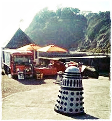 dalek-on-holiday
