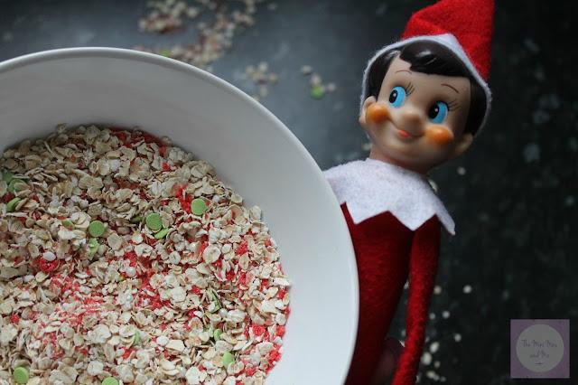 Reindeer food recipe with edible glitter