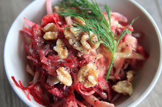 Coleslaw z sosem musztardowo-klonowym