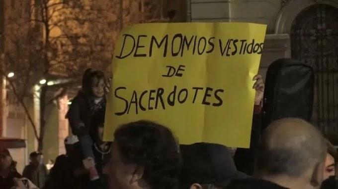 Iglesia en Chile debe pagar 450 mil dólares a tres de las víctimas de abuso sexual