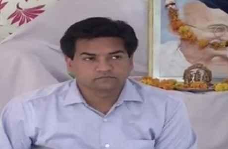 kapil-mishra-satyagraha-get-details-foreign-trip-of-aap-leaders