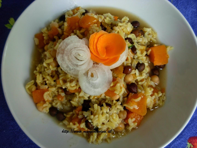 Come cucinare i ceci neri ricette di cotto e postato for Cucinare i ceci