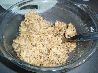 elaboración de las galletas de nuez y chocolate