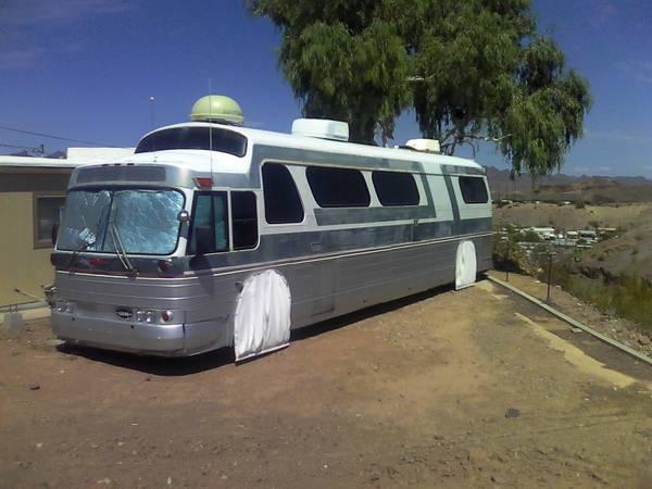 GM PD-4905 Bus Conversion