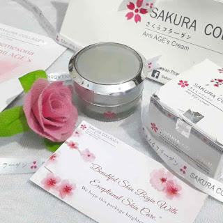 Review Sakura Collagen Anti AGE'S Cream yang Merawat Kulit dari Dalam.