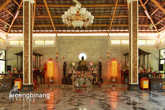 maha vihara mojopahit trowulan buddha sakyamuni