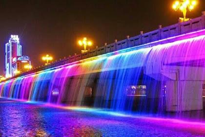 Semarang Bridge Fountain, Jadwal & Lokasi Atraksi Jembatan Air Mancur Menari Pertama Di Indonesia