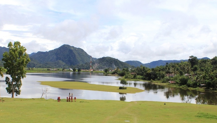 Danau Di Sumatera Barat Ini Mengalami Pasang Surut