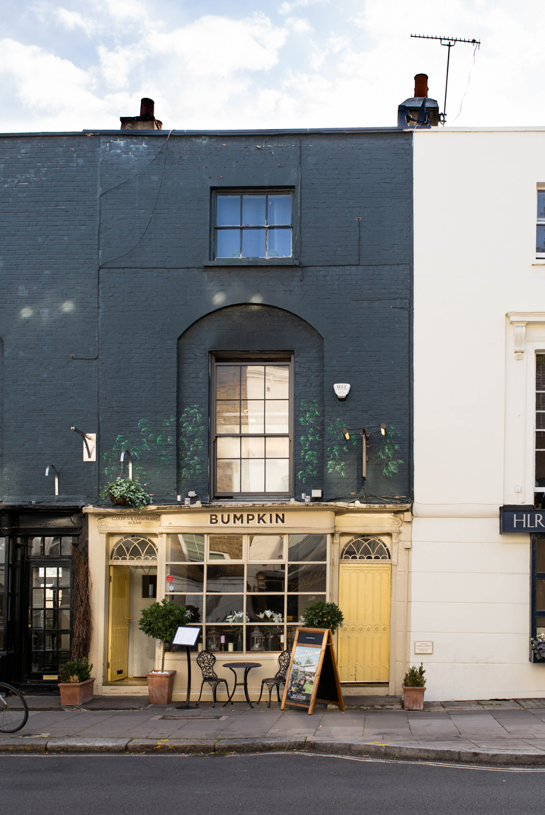 Londres-en-familia-pasear-edificios-calles-Chelsea