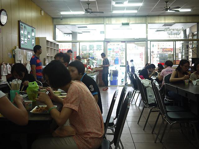 P1260811 - 台中泰式料理自助餐│工業區的聯合泰式小吃,千萬別失心瘋夾太多