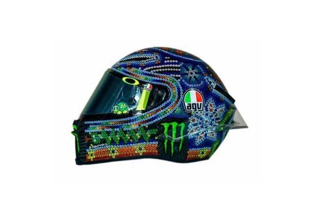 Casco AGV Valentino Rossi: Test in Malesia con arte Wixarika tradizione Messico