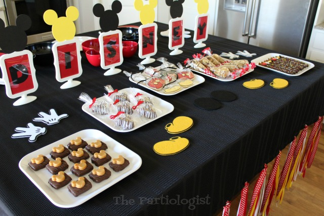 easy disney party