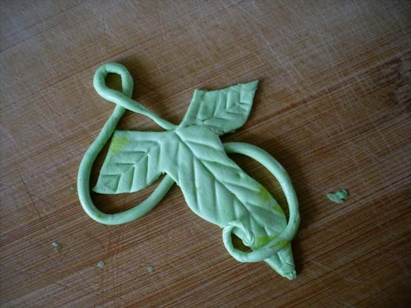 Candy Bar Cupcakes Elvish Leaf Cupcake Topper