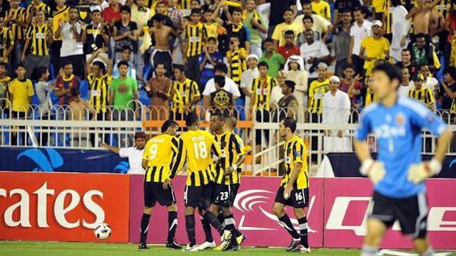 Lagi Viral..!! Suporter Dortmund Bersholawat Nabi, dan Lakukan Koreografi Membentuk tulisan 'Ya Rasulullah'