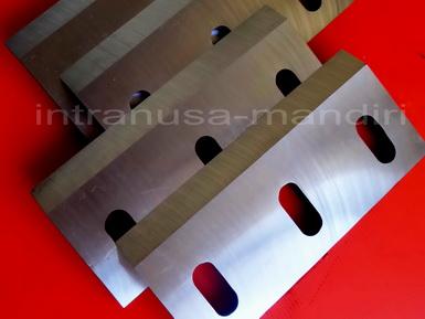 pisau industri, crusher, pisau giling plastik, pisau cacah plastik, pisau granulator, pisau industri intranusa mandiri sidoarjo 03