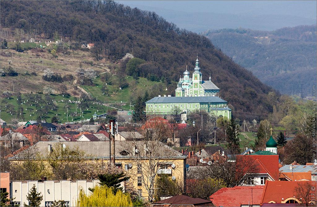 что посмотреть в Мукачево достопримечательности монастырь