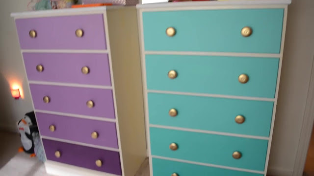 The Unconventional Guide DIY Ombre Paint for Dressers or Shelves