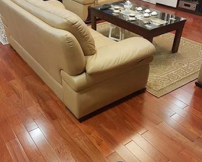 Sàn gỗ tự nhiên căm xe cũng là sản phẩm có số lượng bán chạy