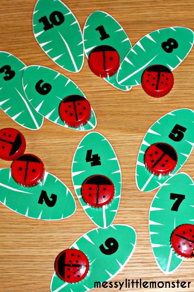ladybird number game (FREE PRINTABLE NUMBER LEAVES)