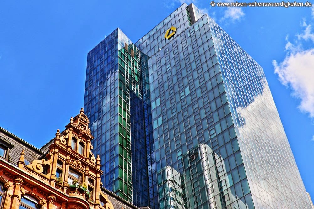 Neue und alte Architektur in Frankfurt am Main