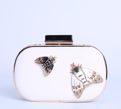 https://www.stylewe.com/product/white-pu-casual-mini-clutch-40581.html