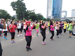 Diawali Acara Zumba Party di CFD Jakarta