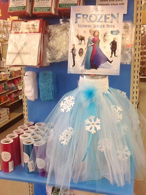 Create this Frozen tutu for your parties and group activities