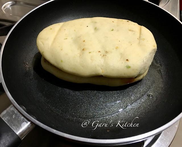 instant aloo kulcha recipe | potato stuffed kulcha recipe | aloo stuffed kulcha recipe | stuffed kulcha recipe