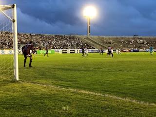 Jogando em casa, Botafogo-PB empata na estreia da Série C