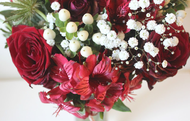 Beards & Daisies Hand-tied Bouquet Review