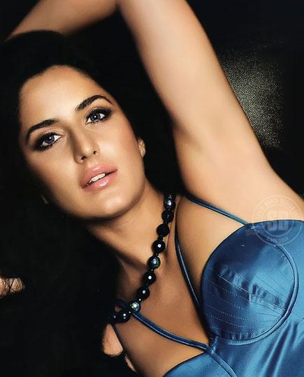 Teasing Bollywood Pics Katrina Kaifs Yummy Armpits-6428
