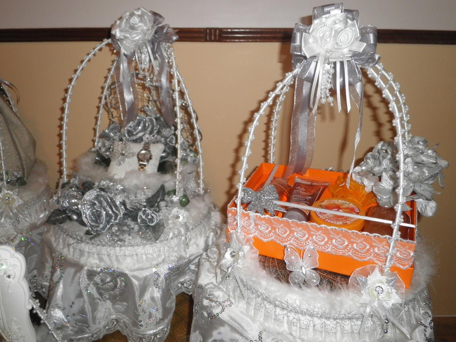 Wedding Gift Trays: Brides.blush: Wedding Gift Trays- White/Silver & Black/Gold