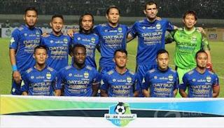 Susunan Pemain Persib Bandung vs Arema FC,  Ezechiel Cadangan