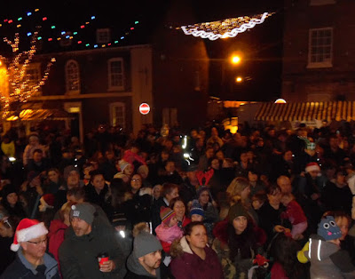 Brigg Christmas Lights switch on 2016, market, fair & late night shopping - picture 10 on Nigel Fisher's Brigg Blog