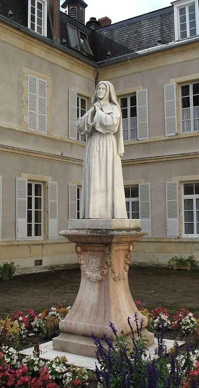 Imagem de Santa Bernadette no convento de Nevers.