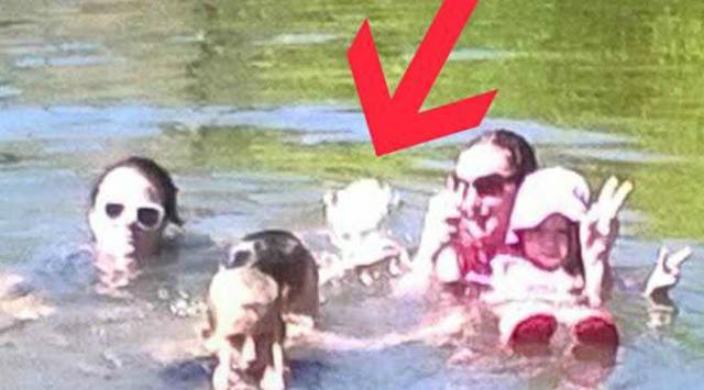 penampakan hantu yang cukup jelas di sebuah kolam