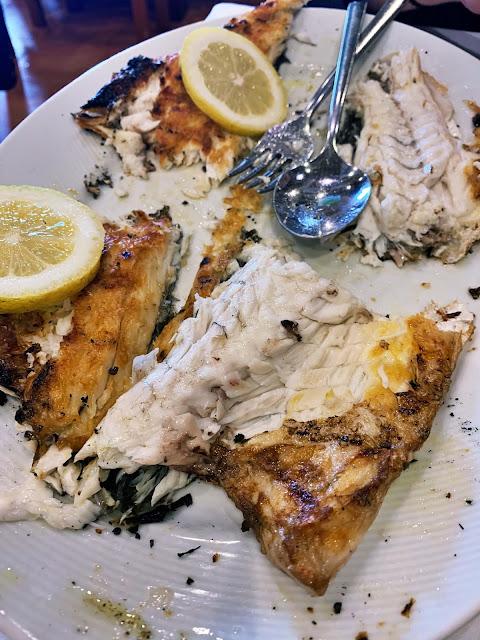 Gdzie zjeść najlepsze owoce morza w Porto? Dzielnica Matoshinos - ryby, owoce morza, sardynki. Wszystko, czego miłośnik seafood potrzebuje.