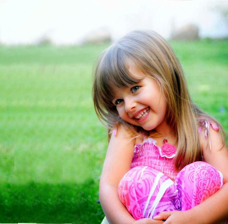 Sweet Girls Wallpaper: Cute And Lovely Baby Pictures And HD Wallpapers