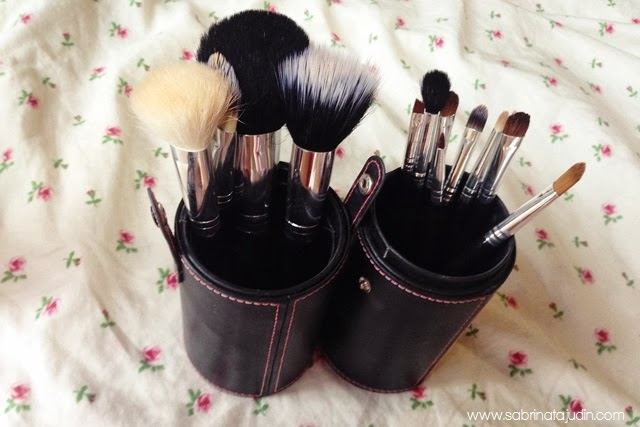 C Queen 12pc Luxury Makeup Brush Set Sabrina Tajudin Malaysia