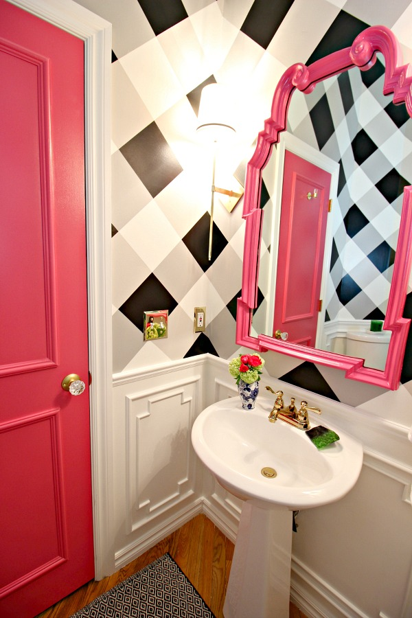 powder bath makeover, before and after, one room challenge, hot pink door, glass door knob, hot pink mirror, buffalo check