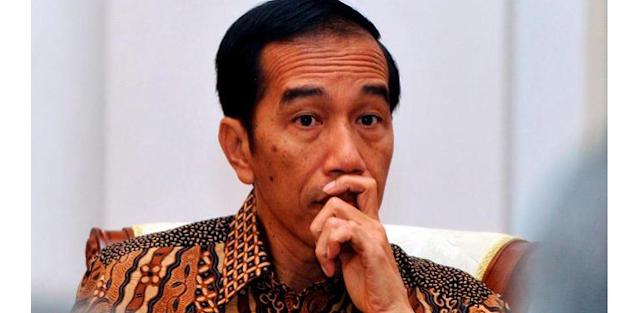 "Tiga Tahun Di Istana, Tagline ""Merakyat"" Jokowi Hanya Slogan"