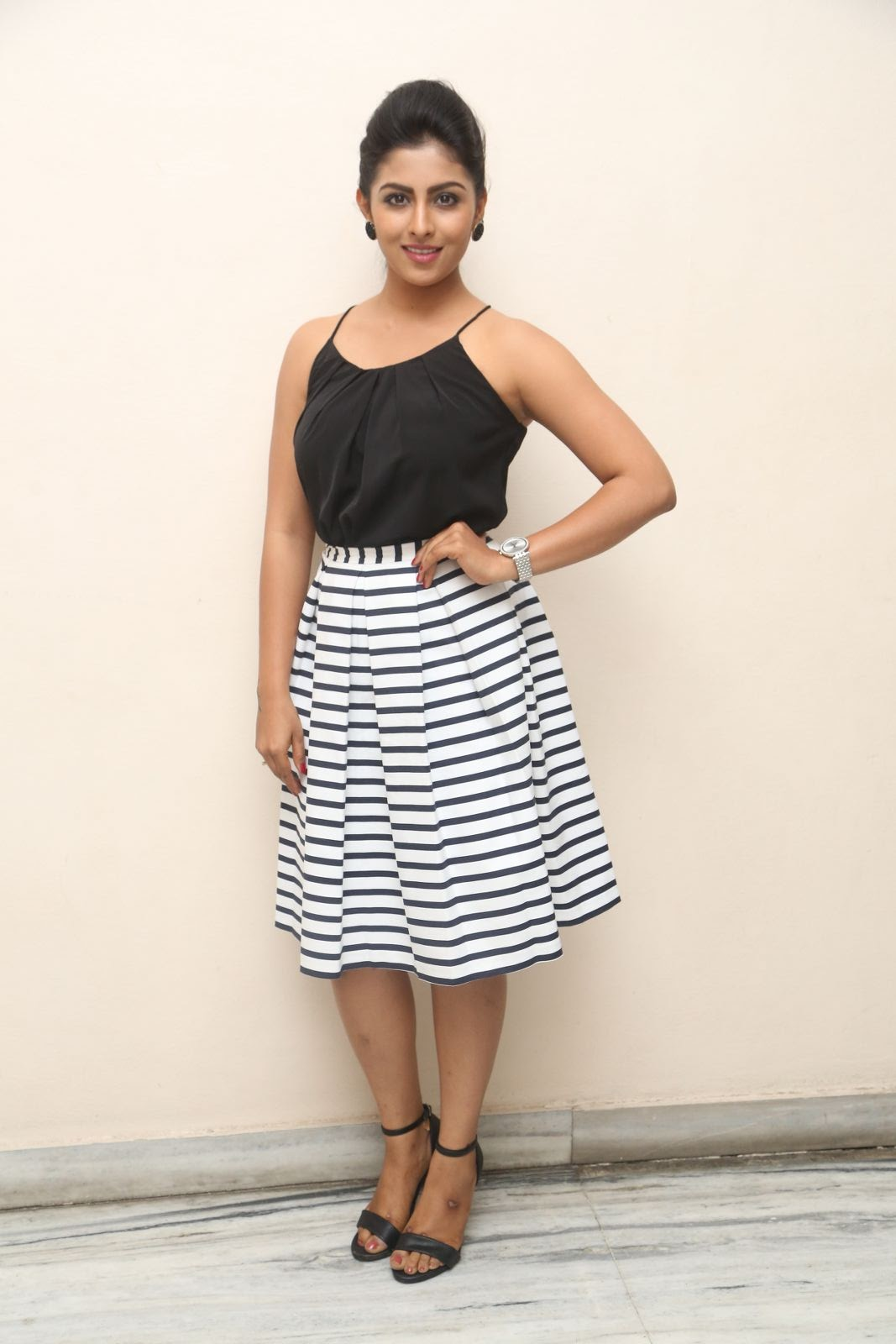 kruthika jayakumar new photos-HQ-Photo-1