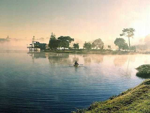 Hồ Than Thở
