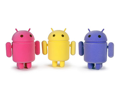 Sweet Spring Flocked Android Mini Figure 3 Pack by Andrew Bell