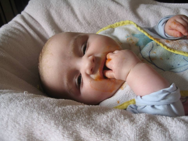 Baby Würgt