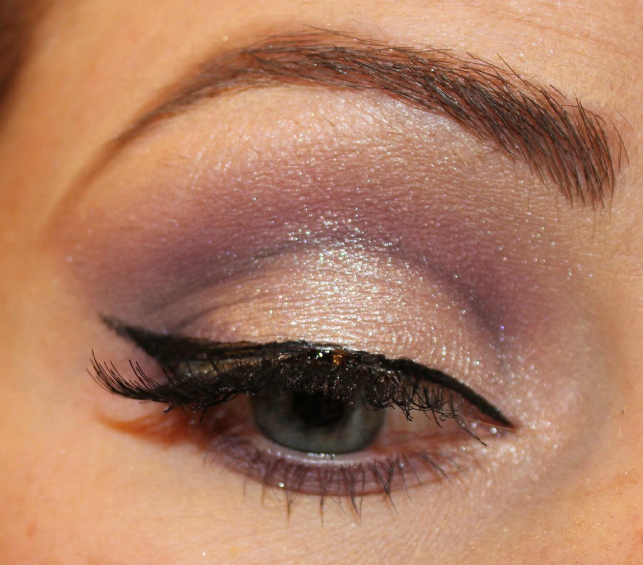blushing basics: Purple Eye Makeup Tutorial