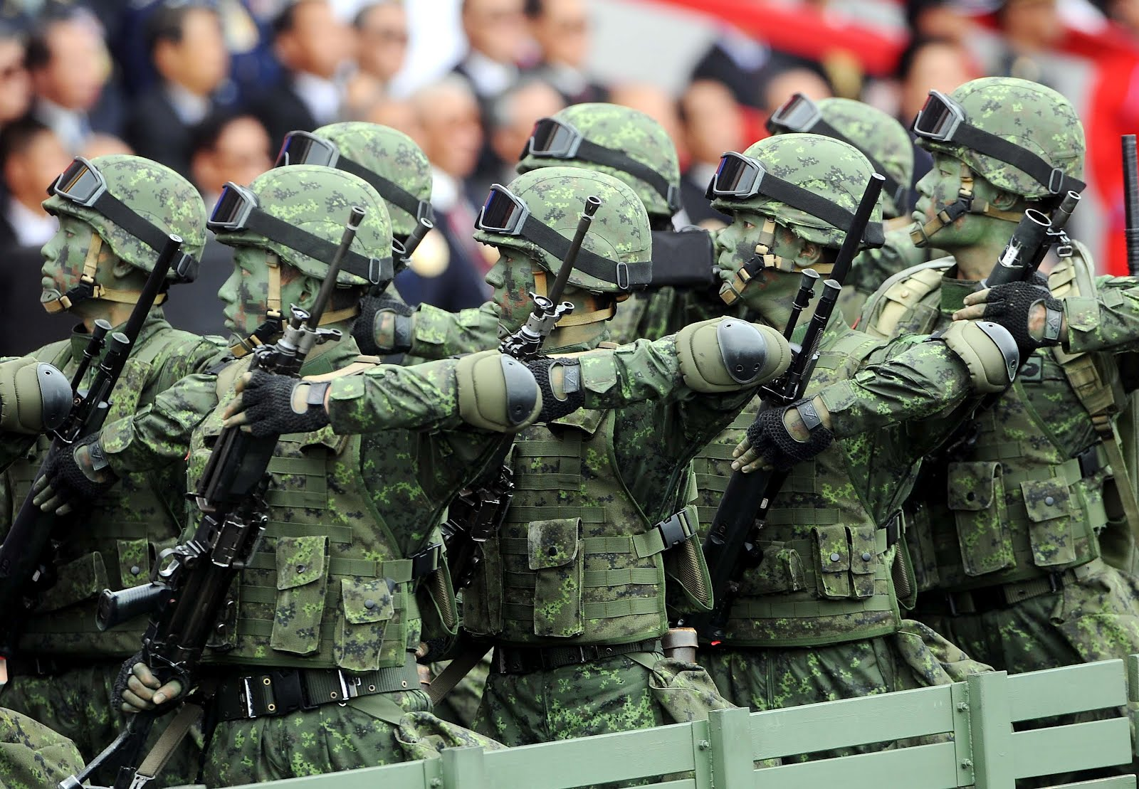 What the World Can Learn from Taiwan's China Experience ...  China Armed Forces