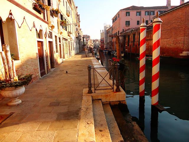 Paline, Benátky, kotvení lodí