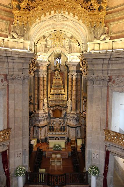 porto inside clergios church