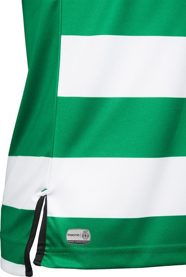 533c176c2e A camisa reserva é predominantemente preta com a cor verde fluorescente  aparecendo na gola polo